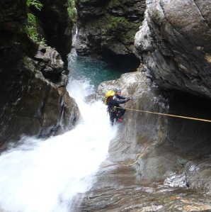 canyoning gouffre enfer luchon haute garonne